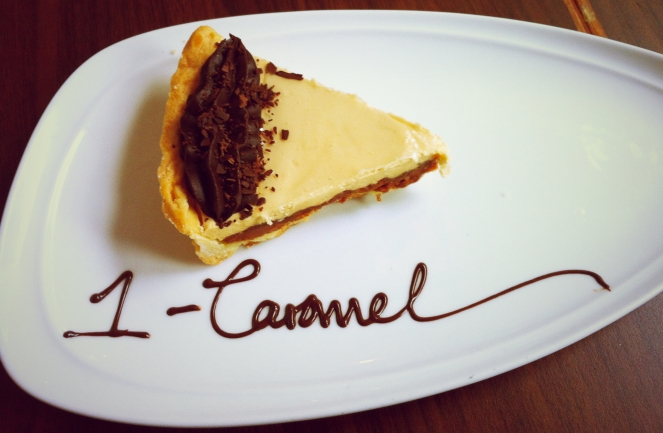 1-Caramel Viktoria Jean Cafe Cake 2