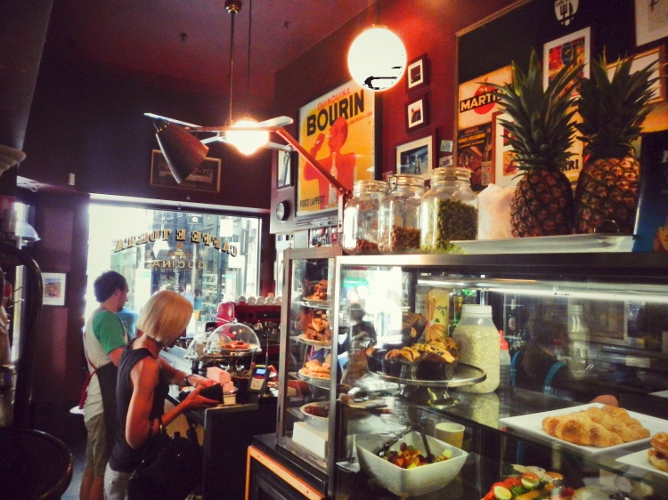 Caffe e Torta Interior 5
