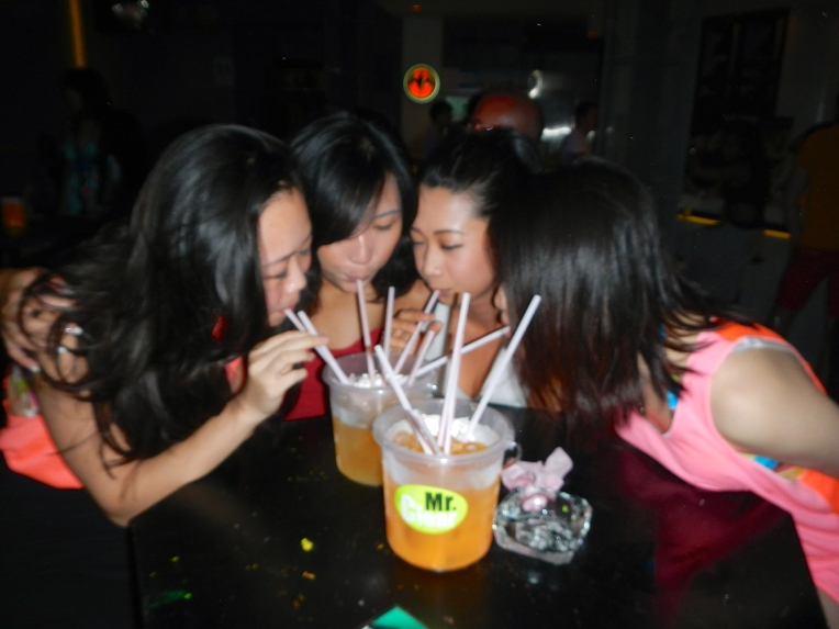 Black Moon Party Koh Samui Drinks