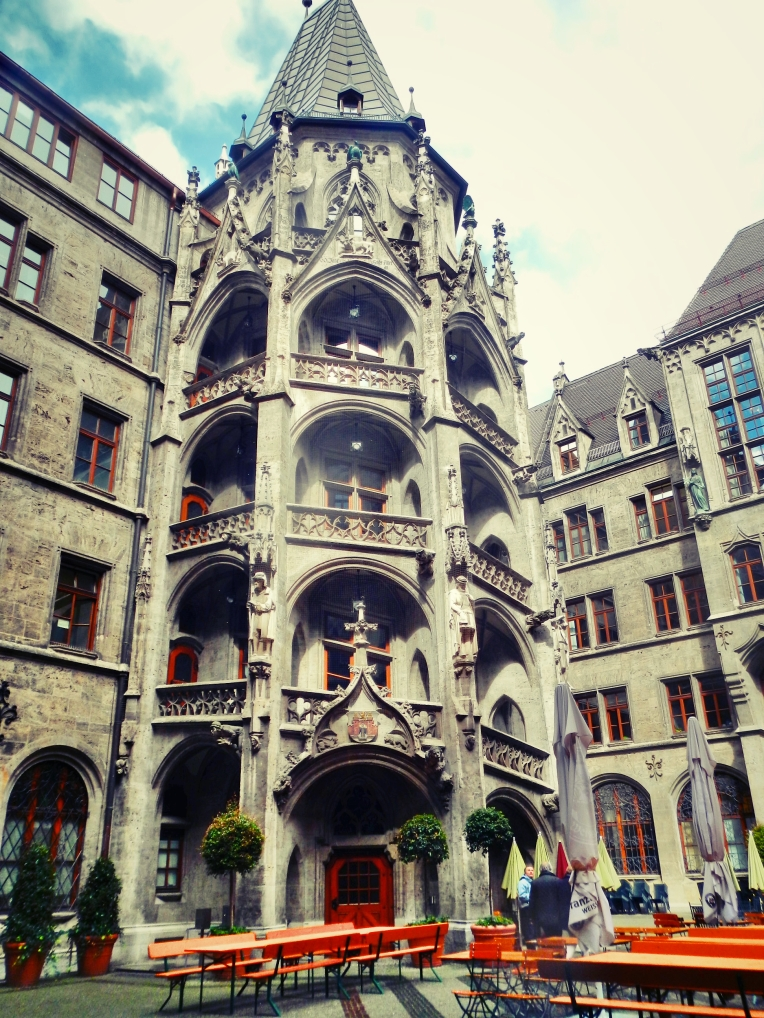 Inside Rathaus Glockenspiel 12
