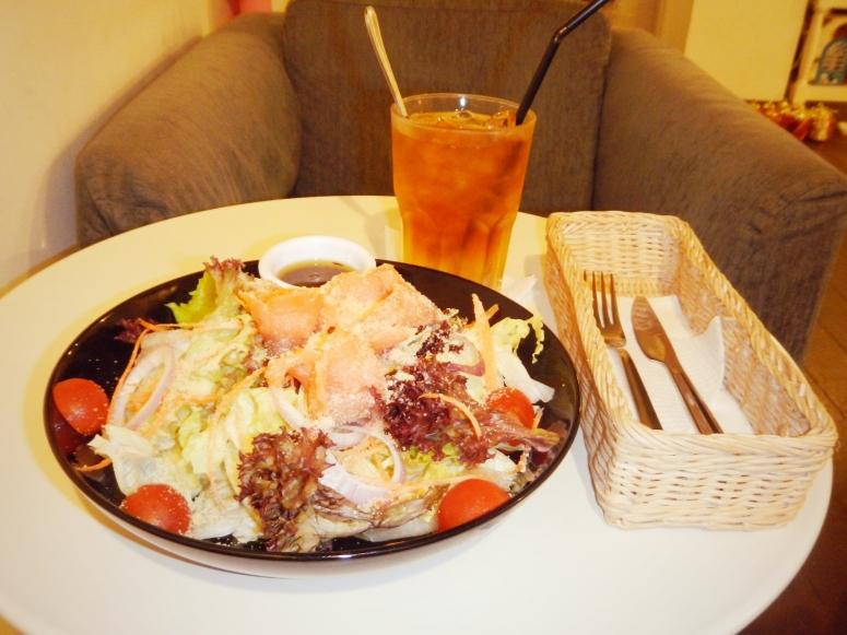 The Loft Chinatown Garden Salad with Smoked Salmon
