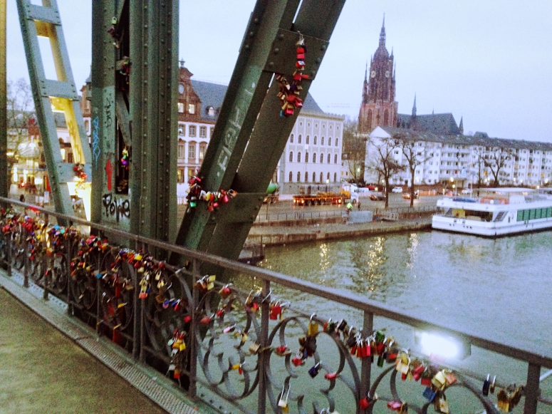 Eiserner Steg Frankfurt Love Bridge