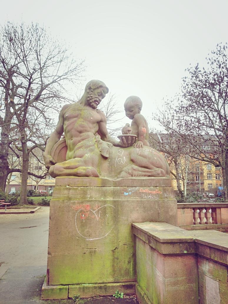 Frankfurt Art 3