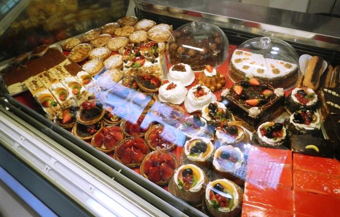 KULA Cafe Waffles London Cakes