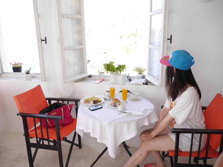 Breakfast at Santorini