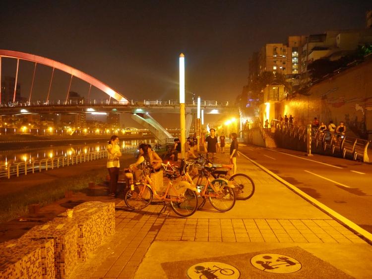 Taiwan Rainbow Bridge Keelung River  5